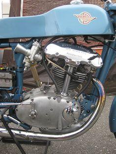 Ducati 125 DOHC by hartmut.schubert, via Flickr