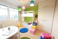 Jeden pokoj, více dětí. 7 tipů pro sourozenecké pokoje Bunk Beds, Kids Room, Loft, Praha, Furniture, Home Decor, Dreams, Children, Cardboard Castle