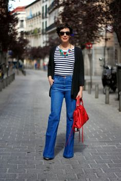#OHMYLOOK FLARED JEANS: OUTFIT CON PANTALON CAMPANA Y CROP TOP - Oh My Blog