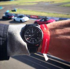 Sismeek, for extreme driving! #Porsche #Sismeek #extremewatch