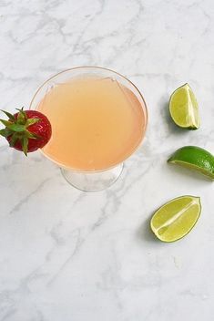 The daiquiri is a classic cocktail originating from Cuba. Super simple to make and delicious, it easily pairs with strawberry kombucha to create a refreshing summer drink with a kick! Classic Cocktails, Fun Cocktails, Kombucha Cocktail, Refreshing Summer Drinks, Fresh Lime Juice, Clean Eating Snacks, Summer Recipes, Strawberry, Tasty