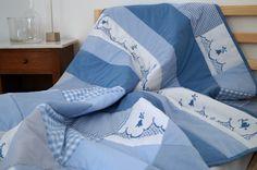 Bettwäsche - Decke BLÜTENRANKE blau-weiß Patchwork - ein Designerstück von ROSA4052 bei DaWanda