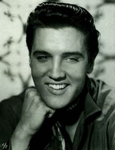 """Elvis Presley (January 8, 1935 – August 16, 1977) was an American singer and actor. A cultural icon, he is commonly known by the single name Elvis. One of the most popular musicians of the 20th century, he is often referred to as the """"King of Rock and Roll"""" or """"the King""""."""