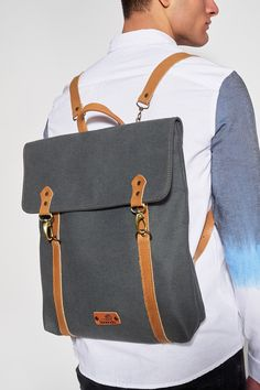 BONENDIS - LONDON GREY BACKPACK #Backpack #grey #canvas #london #bonendis #handmade