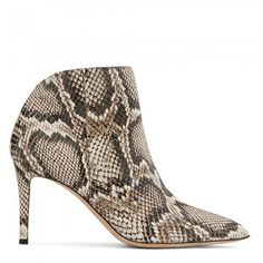 Guiseppe Zanotti Design creates boundary-pushing footwear for connoisseurs of flawless construction and opulent detailing. Stiletto Heels, High Heels, Shoe Websites, Shoe Boutique, Luxury Shoes, Calf Leather, Giuseppe Zanotti, Snake Skin, Cowboy Boots