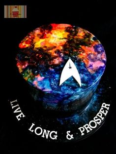 Space Star Trek Party ⚜ themed cake More. Bolo Star Trek, Star Trek Cake, Star Trek Party, Star Wars, Galaxy Cupcakes, Galaxy Cake, Birthday Party Decorations, Party Themes, Party Ideas