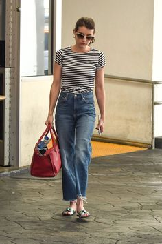 Workwear Fashion, Denim Fashion, Fashion Outfits, Womens Fashion, Looks Style, Casual Looks, Emma Roberts Style, Estilo Jeans, Looks Jeans