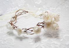 Hochzeits+Tiara,++Elfenkrone,+Blumenkranz+von+Hochzeit+Fantasie+bei+Maija+auf+DaWanda.com