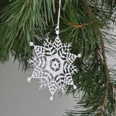 Crochet Snowflake Pattern, Crochet Stars, Christmas Crochet Patterns, Crochet Snowflakes, Christmas Snowflakes, Xmas, Christmas Ornaments, Crochet Projects, Tatting