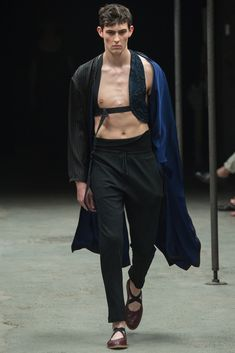 http://www.style.com/slideshows/fashion-shows/spring-2015-menswear/dries-van-noten/collection