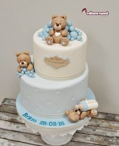 American Cake Brescia ♥ Cake Me Sweet di Naike Lanza Love Cake Topper, Cake Toppers, Fondant Cakes, Baby Boy Shower, Amazing Cakes, Bear, Sweet, Table, Desserts