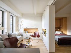 Pivot is a pre-war studio revamped into a modern adaptable space containing a secret bedroom. The brief called for hosting 10 for dinner, sleeping 6, a home ...