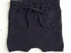 strikkede-shorts-gratis-opskrift-