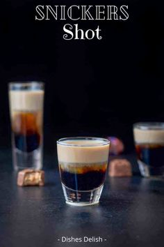 This Snickers shot has only three ingredients: Kahlúa, Frangelico and Baileys Irish cream! So delicious and reminiscent of the famous candy bar! #snickersshot #layeredshot #dishesdelish Baileys Drinks, Bar Drinks, Yummy Drinks, Cocktail Drinks, Alcoholic Drinks, Bar Shots, Liquor Shots, Christmas Shots, Christmas Drinks