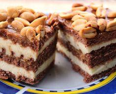 Ciasto snickers - bez pieczenia! Food Cakes, Tiramisu, Ale, Cake Recipes, Good Food, Food And Drink, Ethnic Recipes, Lion, Fitness