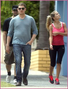 EXCLUSIVE: Michael Buble And Fiancee Luisana Lopilato Out With Friends In Perth (USA ONLY)