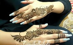 Gulf henna design Arabic Henna Designs, Unique Mehndi Designs, Beautiful Mehndi Design, Mehndi Designs For Hands, Henna Tattoo Designs, Mehandi Designs, Elegant Designs, Unique Henna, Simple Henna
