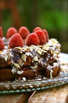 Chocolate Raspberry Torte    Paleo acceptable... someone make it for me!