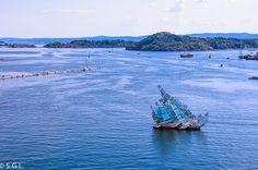 Escultura de la opera de Oslo y el fiordo
