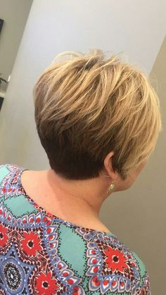Short Stacked Wedge Haircut, Crochet Necklace, Hair Cuts, Fashion, Haircuts, Moda, Fashion Styles, Hair Style, Fashion Illustrations