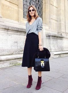 gray top,black midi skirt,black square bag,burgundy short boots