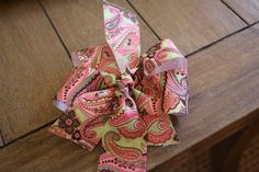Making hairbows from ribbon. DIY