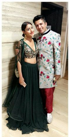 Indian Party Wear, Indian Bridal Wear, Indian Wedding Outfits, Indian Outfits, Choli Designs, Sari Blouse Designs, Lehenga Designs, Designer Bridal Lehenga, Lehnga Dress