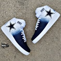 Brand new pair of Legend Blue Jordans customized into a Dallas Cowboys edition with hand painted Jumpman logo of Zeke You may also send in your. Dallas Cowboys Outfits, Dallas Cowboys Football, Dallas Cowboys Nail Designs, Dallas Cowboys Tattoo, Pittsburgh Steelers, Zapatillas Nike Shox, On Shoes, Me Too Shoes, Dallas Cowboys Wallpaper