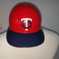 Vntg Minnesota Twins Plastic Baseball Helmet Mlb Sports Products Laich Minnesotatwins Youth Baseball Gloves Baseball Caps For Sale Cleveland Indians Baseball