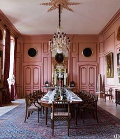 dining-room-pink-timothy-corrigan-french-chateau-4.jpg (JPEG Image, 1382×1600 pixels)