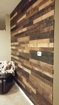 Pallet Wall Wood Plank Walls, Rustic Wood Walls, Wooden Walls, Barn Wood, Diy Pallet Wall, Diy Pallet Furniture, Wooden Accent Wall, Wood Wall Design, Ship Lap Walls