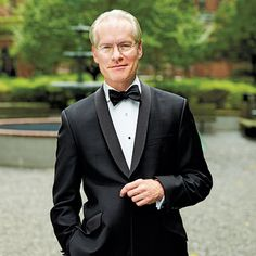 Tim Gunn. The nattiest man in America. Clooney wears him out looking for style tips. Gunn is above it all, and effortlessly cool. He actually brings a small entourage.