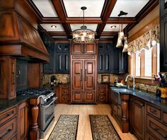 60 Contemporary Wooden Kitchen Cabinets For Home Inspiration. Choosing the perfect wooden kitchen cabinets for your home is not as simple as it might appear. Two Tone Kitchen Cabinets, Wooden Kitchen Cabinets, Black Cabinets, Kitchen Wood, Kitchen Paint, Kitchen Decor, Cherry Cabinets, Glass Kitchen, Kitchen Appliances