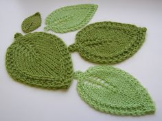 Love leafs and these are dishcloths too!  Have to look for the pattern :)