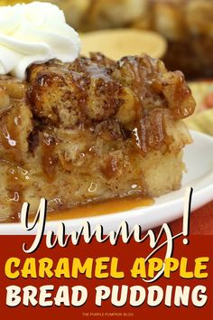 A twist on a classic this Caramel Apple Bread Pudding is made with apples, day-old fresh bread and spices. Serve with cream for a comforting fall treat! Vegan Bread Pudding, Best Bread Pudding Recipe, Bread Pudding With Apples, Chocolate Bread Pudding, Bread And Butter Pudding, Bread Puddings, Cake Chocolate, Pudding Desserts, Pudding Recipes