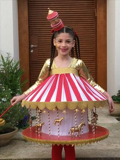 Carousel costume Carousel Party, Circus Party, Circus Costume, Halloween Decorations, Halloween Fun, Hallows Eve, Costume Design, Purim Costumes, Costume Ideas