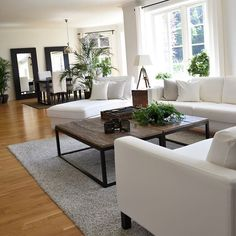 Enjoy your evening #myhome #interiorandhome #classyinteriors #finehjem #interior444 #charminghomes #inspire_me_home_decor #interior4you1 #interior123 #interior4all #kava_interior #hem_inspiration #interior125 #interiorstyle #inspohome #shabbyyhomes #mm_interior #interior_and_living #interiorforinspo #passion4interior #roominteriorr #dream_interiors #ikea #livingroom #vardagsrum