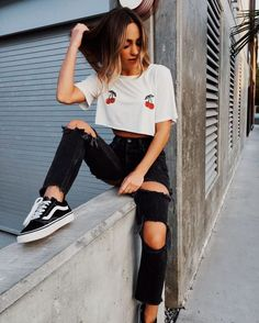 perfect edgy outfits ideas for teens 7 – Trendy Fashion Ideas Instagram Outfits, Fashion Blogger Instagram, Tumblr Outfits, Edgy Outfits, Cool Outfits, Fashion Outfits, Ladies Outfits, Rave Outfits, Cute Poses