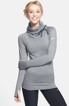 Nike 'Pro Hyperwarm' Training Top Love this! Workout Attire, Workout Wear, Workout Tops, Athletic Outfits, Athletic Wear, Nike Outfits, Sport Outfits, Casual Outfits, Sport Fashion