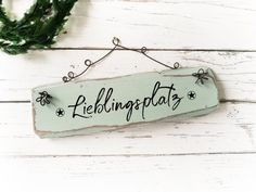 Garden Decor Wooden Sign Shabby chic Vintage Wood Old white grey decor balcony decorations decorations custom personalized - Wohnwagen Christmas Gifts For Mom, Christmas Deco, Wooden Diy, Wooden Signs, Wooden Crafts, Happpy Birthday, Selling Handmade Items, Small Room Decor, Small Pillows