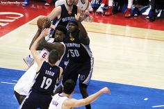 DeAndre Jordan grabs one of his game-high 16 rebounds against the Memphis Grizzlies Saturday, April 11, 2015.