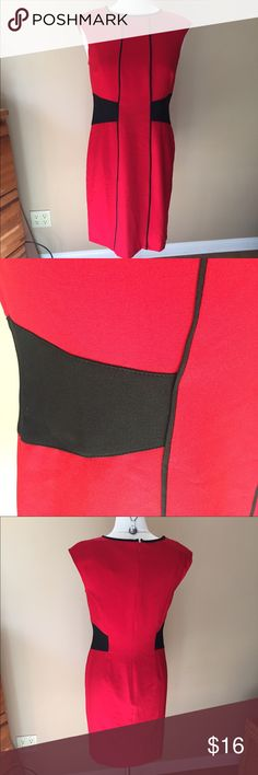 London Style Collection Red Black Dress Fabric has some stretch to it. Back zipper, unlined. Shown on size 6/8 mannequin (mannequin measures 37-26-37)👗👚👜Check out the $6 section of my closet (before the sold items). Lots of bundle-worthy $6 items! 15% bundle discount on 2+ items in a bundle.🚫NO TRADES🚫 london style collection Dresses