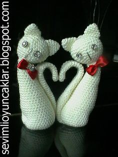 Very cute amigurumi pattern available for download for a small fee from this Ravelry member's etsy shop.