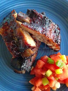 COSTI QUEL CHE COSTI-NA - Costine di maiale marinate alle sei spezie  Vai alla ricetta: http://slelly.blogspot.it/2014/09/costi-quel-che-costi-na-costine-di.html