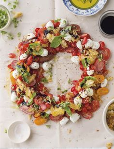 Looks so delicious—fresh tomatoes • mozzarella • basil • etc❣ SARIE
