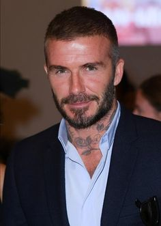 Hairstyles Haircuts, Haircuts For Men, David Beckham Tattoos, Ronaldo Free Kick, High And Tight Haircut, Short Hair Model, Most Stylish Men, Men's Hair, Beautiful Men