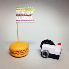 Happy Birthday Instagram Birthday Treats, Happy Birthday, Tiny Instagram, Table Lamp, Blog, Cards, Home Decor, Happy Brithday, Table Lamps
