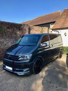 Volkswagen Transporter, Vw T5, A Team Van, Van Storage, Aston Martin Cars, Day Van, Signwriting, Vw Vans, Vans Style
