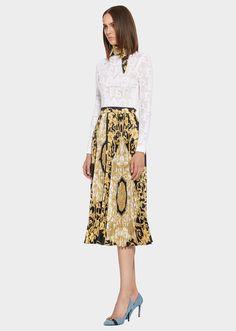Falda plisada a media pierna con estampado de hibisco dorado - Faldas  estampadas Faldas Estampadas dcc4f3d9fd23
