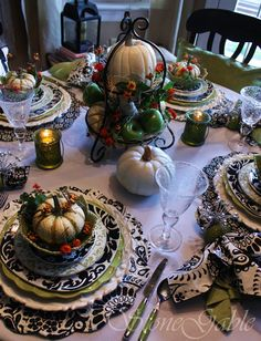 Unique Awesome Black and White Thanksgiving Decor Ideas